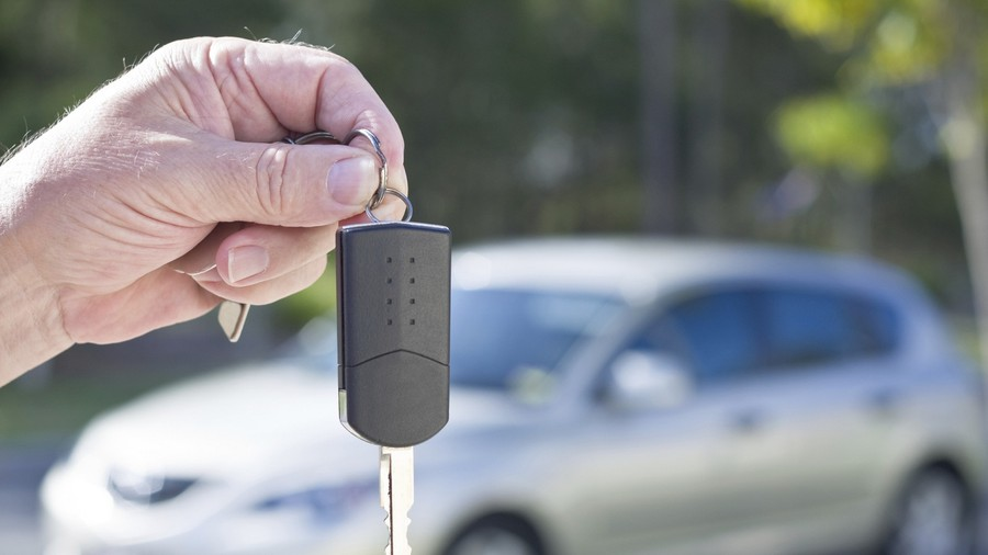Thủ tục sang tên xe ô tô từ công ty sang công ty