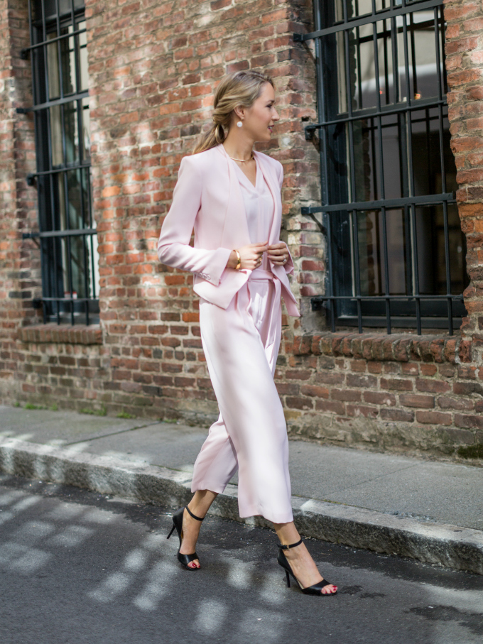 5 Styling Tricks to Make Your Spring Outfits Look Expensive – Glam ...