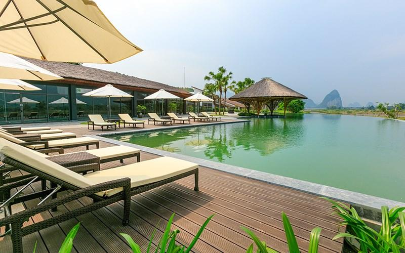 https://du-lich.chudu24.com/f/m/1611/11/serena-resort-kim-boi-12.jpg?w=800&h=500