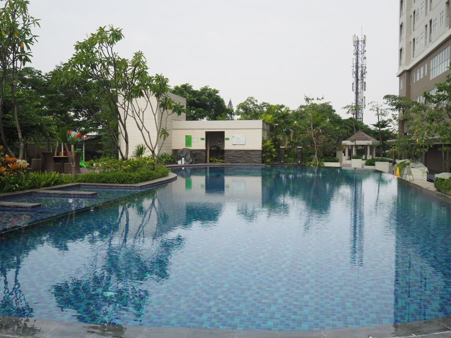 pool Madison Park