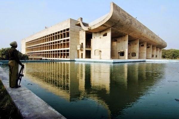 Palácio da Assembleia - Índia