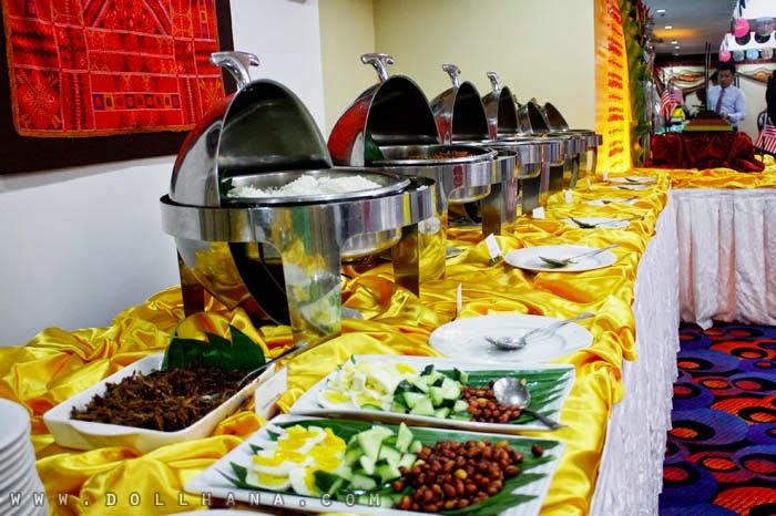 Malaysian food buffet berjaya makati hotel philippines