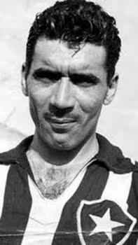 Enciclopédia do futebol e alvinegro fiel  o eterno Nilton Santos ... 0f00440e35b95