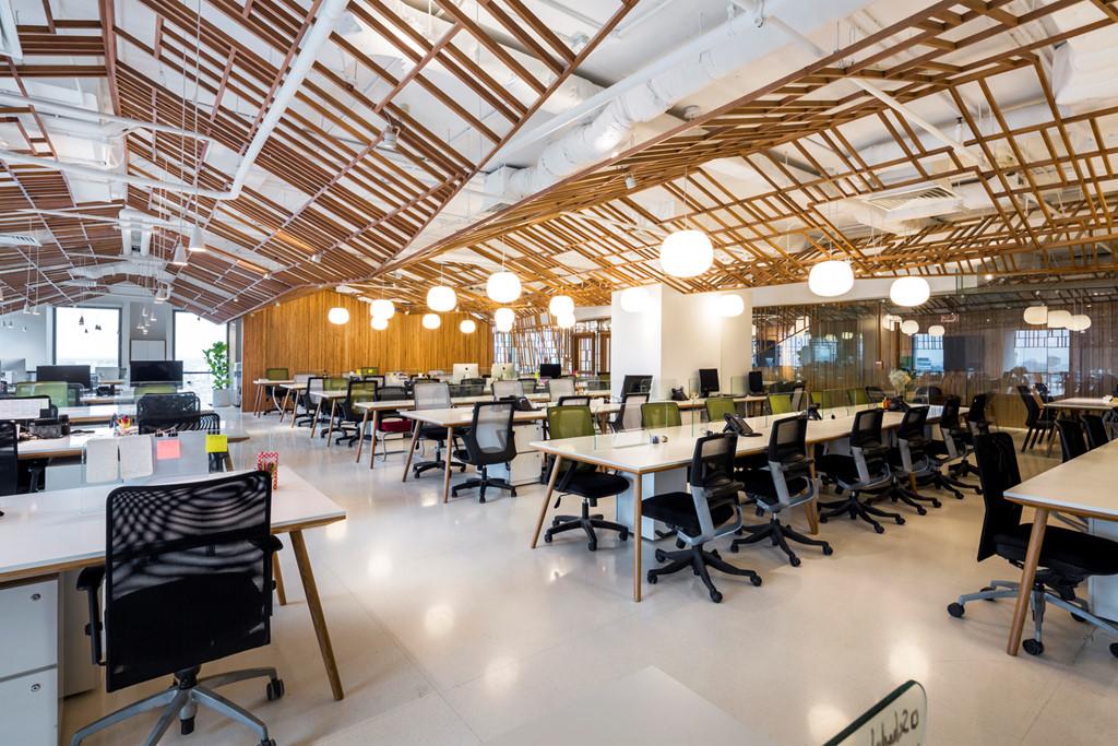 Ánh sáng cần được thiết kế hợp lý trong văn phòng làm việc lý tưởng