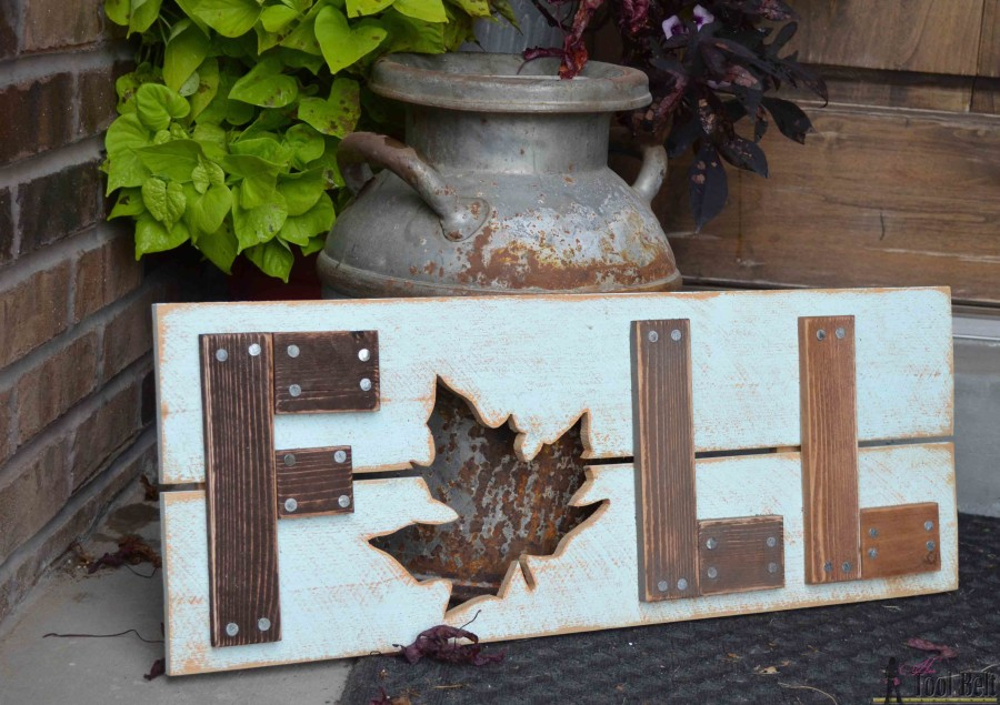 Seasonal Signs: These 50 Woodworking Projects That Sell Online will help you make some money.