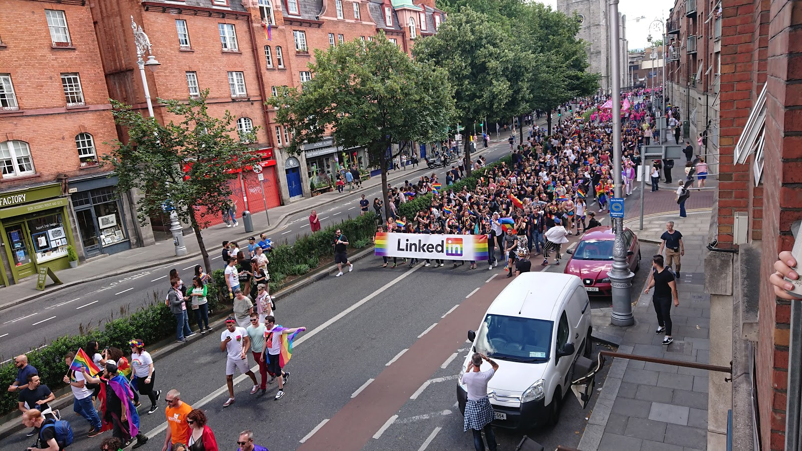 LinkedIn in Dublin Pride 2017