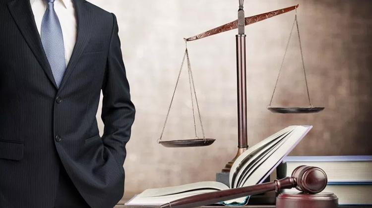 Los abogados y la epidemia: razones, sinrazones, desafueros