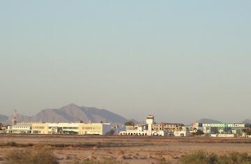 https://en.m.wikipedia.org/wiki/File:Aeropuerto-torreon-terminal.jpg