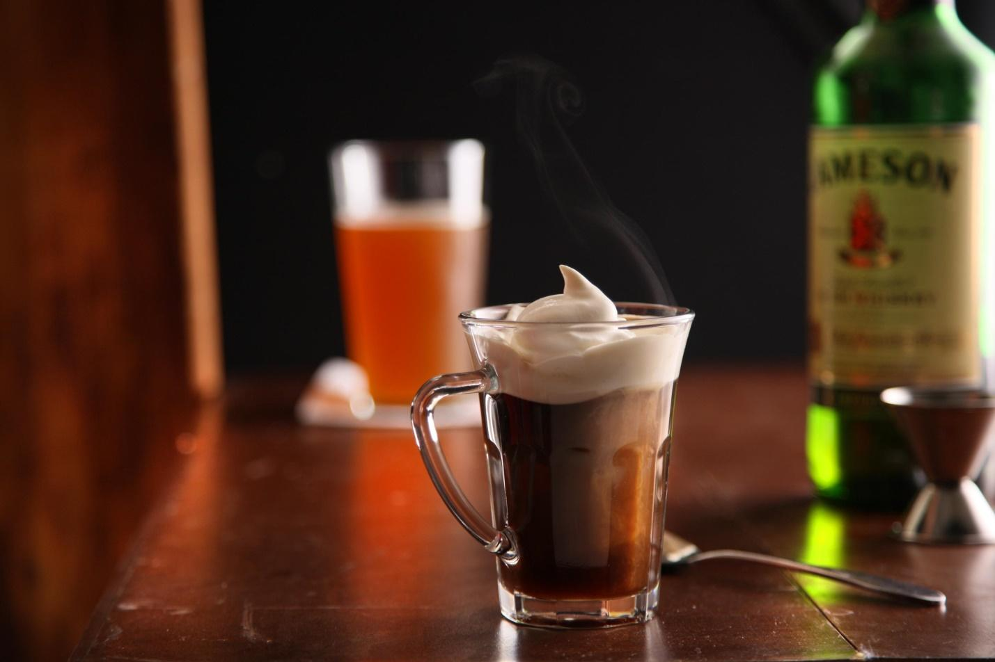 http://coffeetrees.ru/wp-content/uploads/2015/08/10219_irish_coffee.jpg