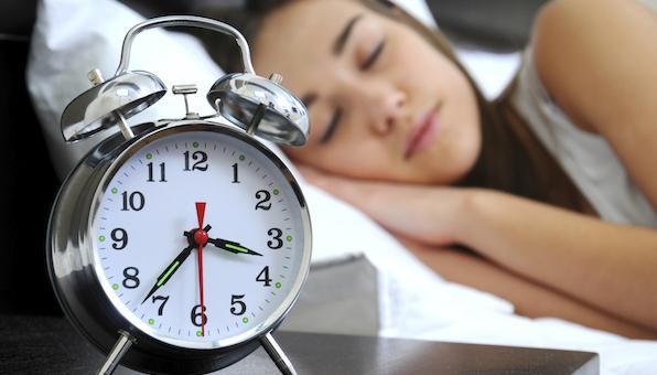How to Stick to a Sleeping Schedule - Cosy Sleep