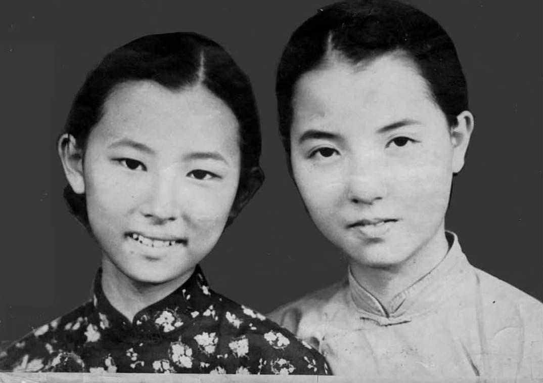 妈和二姨.jpg