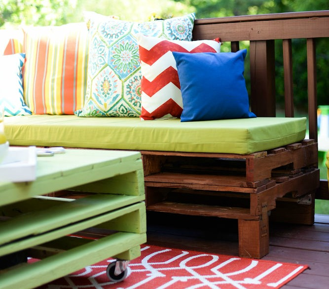 Turn your backyard into a springtime paradise with these easy DIY projects