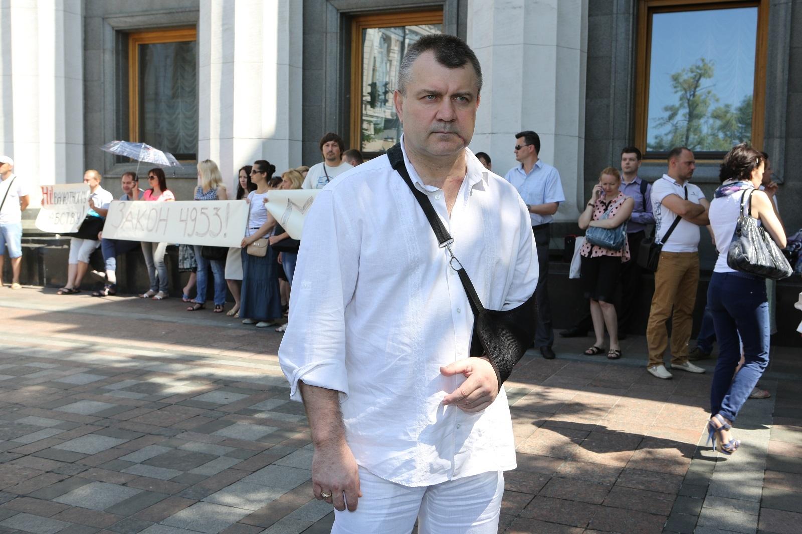 УГОЛЬНАЯ ВОЛЬНИЦА: Луганский правозащитник Павел Лисянский говорит, что в стране работает целая схема переправки угля из республик