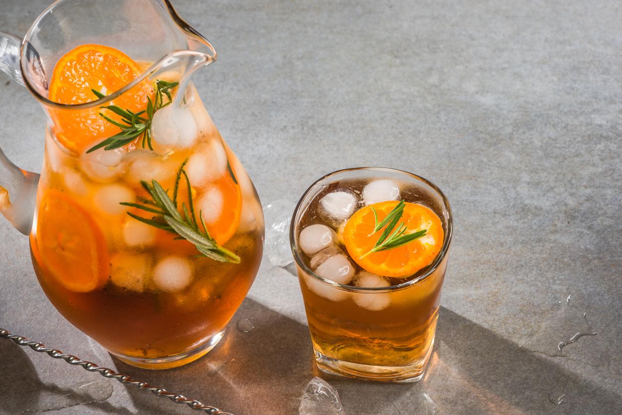 Extravagantnejšia limonáda s rozmarínom a pomarančom