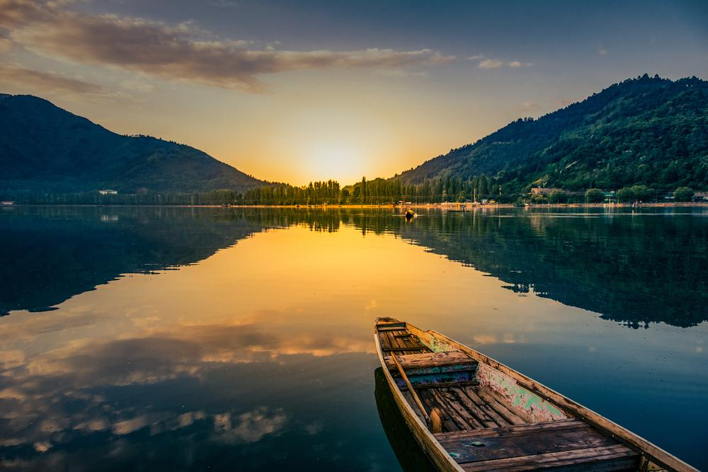 Why Is It Called Honeymoon: Why Kashmir Is The Ideal Honeymoon Destination