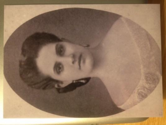 C:\Users\MLGaston\Pictures\My old pictures\Sanchez ancestors\Caridad Batista y de Varona.JPG