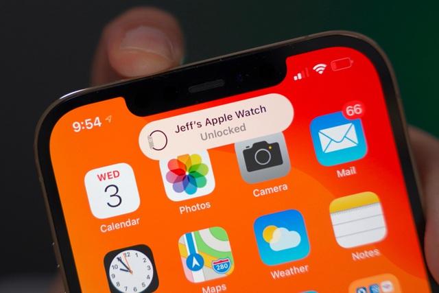 iOS 14.5 ra mắt, hỗ trợ mở khóa iPhone bằng Apple Watch - 1