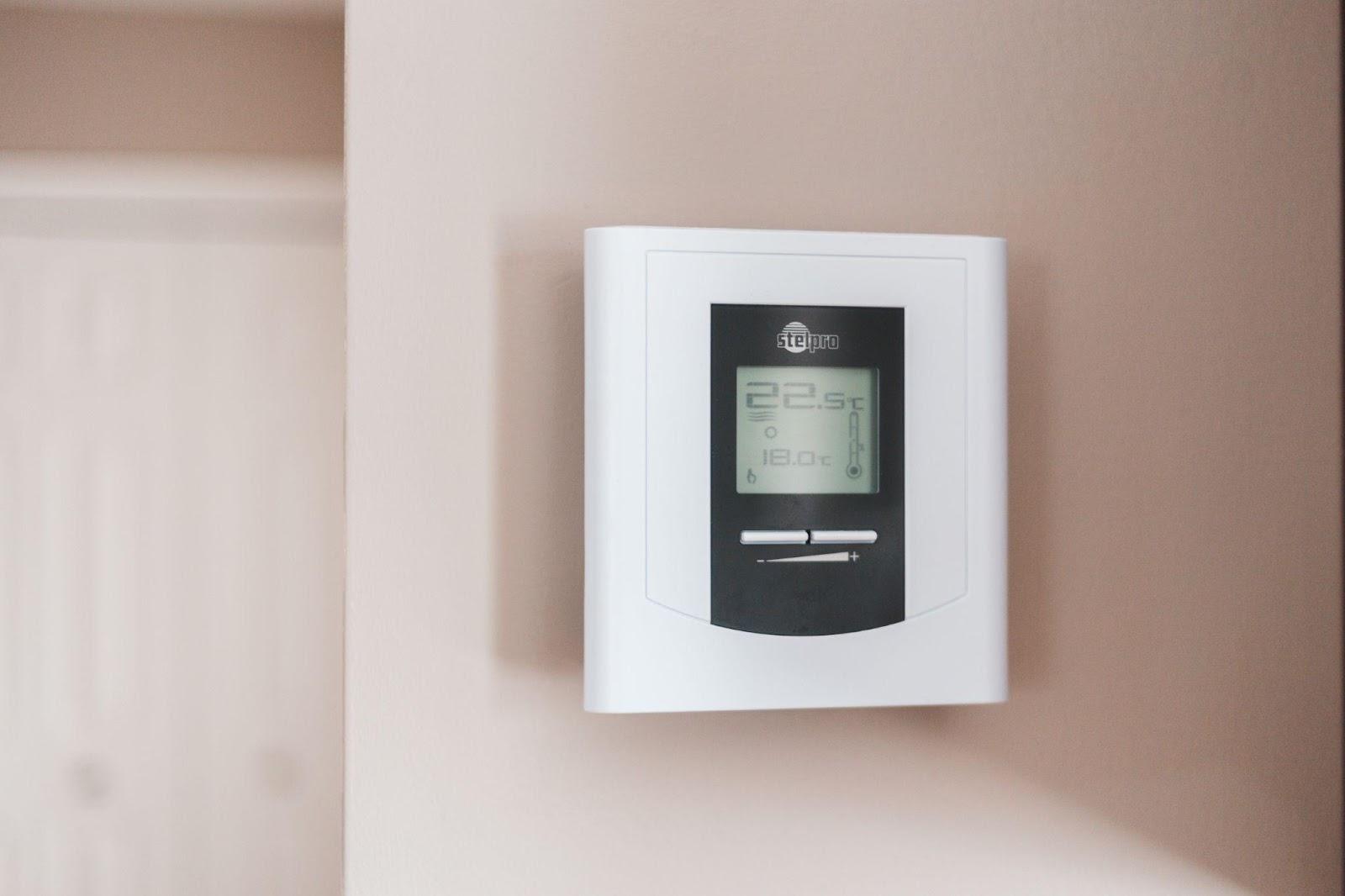 solid-fuel-heating-controls