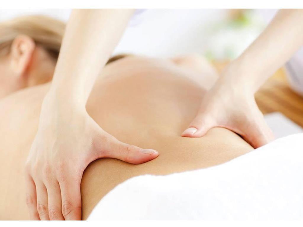 Tất tần tật thông tin về xoa bóp bấm huyệt chữa đau lưng