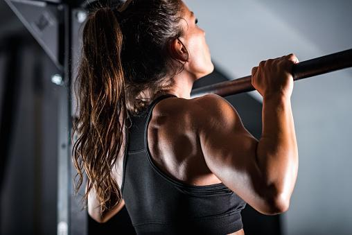 https://media.istockphoto.com/photos/woman-athlete-doing-pull-ups-picture-id1159168752?b=1&k=6&m=1159168752&s=170667a&w=0&h=4OQCbep0QN226o_QCAWeGidTxR7UxKd6MBiGJEhYvuE=