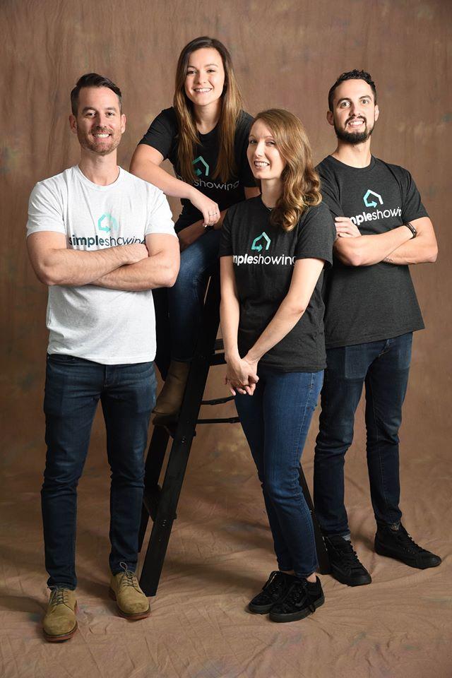 SimpleShowing team members.