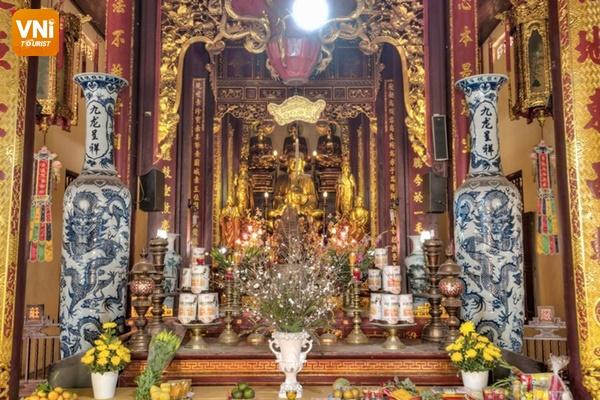 Quan Su pagoda's palace