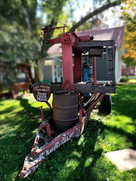 burlington vermont, cider mill, fall, cold hollow cider mill