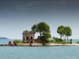 pulau romantis jakarta