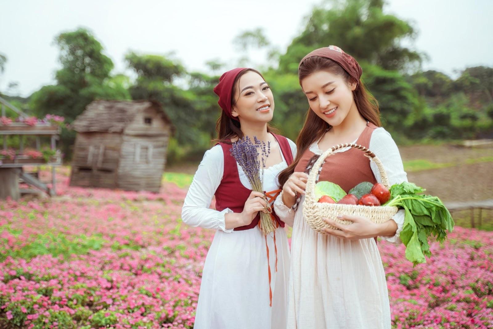 Á hậu Huyền My hóa thân thành cô gái Hà Lan - Ảnh 4