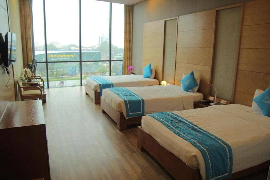 Phòng khách sạn rộng rãi tiện nghi với những thiết bị hiện đại