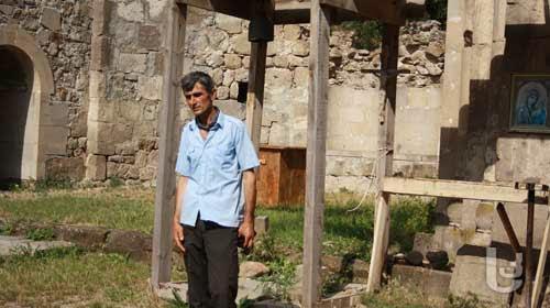 მნათე, ვეტერინარი, მეწყაროვე და მოყვარული არქეოლოგი
