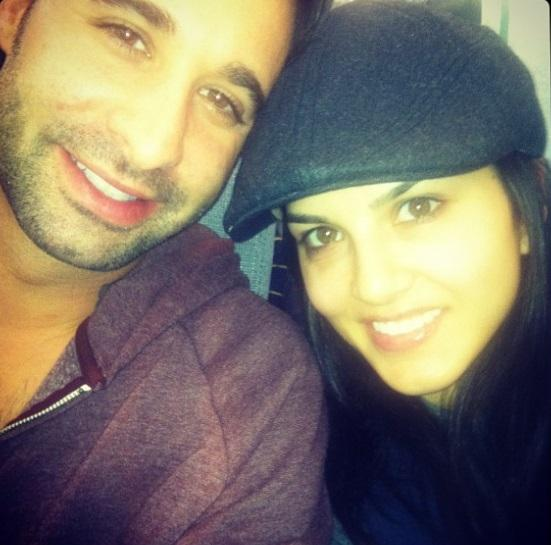 Cute pic with her hubby.