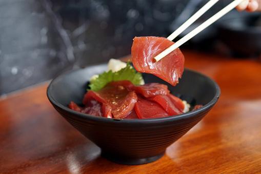 https://media.istockphoto.com/photos/akami-donburi-a-rice-bowl-topped-with-tuna-served-with-wasabi-a-dish-picture-id1173717339?b=1&k=6&m=1173717339&s=170667a&w=0&h=TUC-UIb_p4TUVyb3npPhulmfeMIVEYi-vUHbyneeh5k=