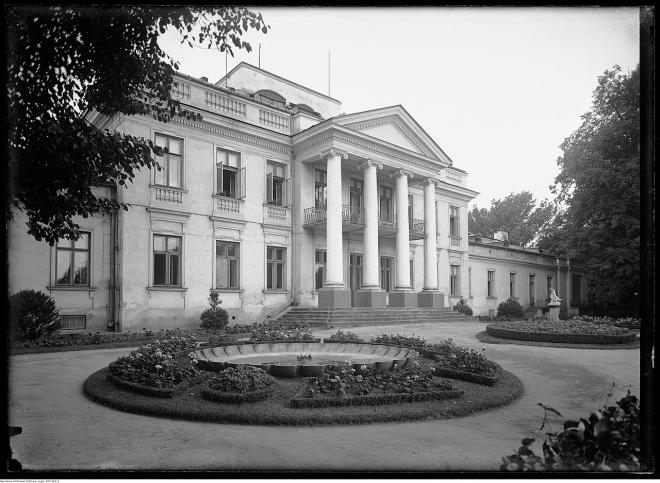 Палац Бельведер у Варшаві, де було підписано угоду