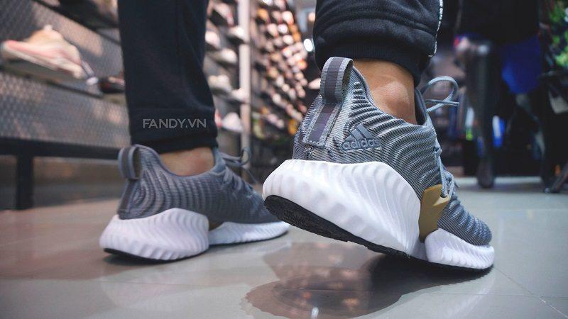 giay adidas alphabounce instinct grey