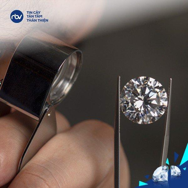 Cầm kim cương PNJ có được giá cao không?