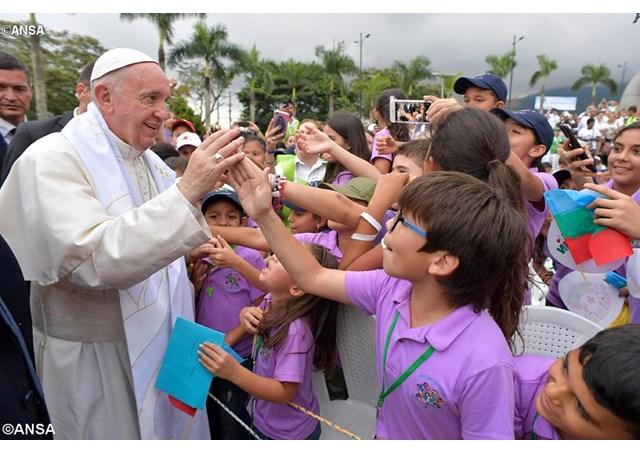 Tại Columbia Đức Thánh Cha chào các trẻ em ở Nhà Hogar San Jose: Toàn văn