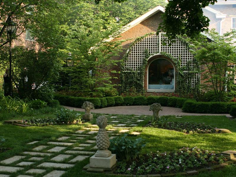 Kelton House courtyard