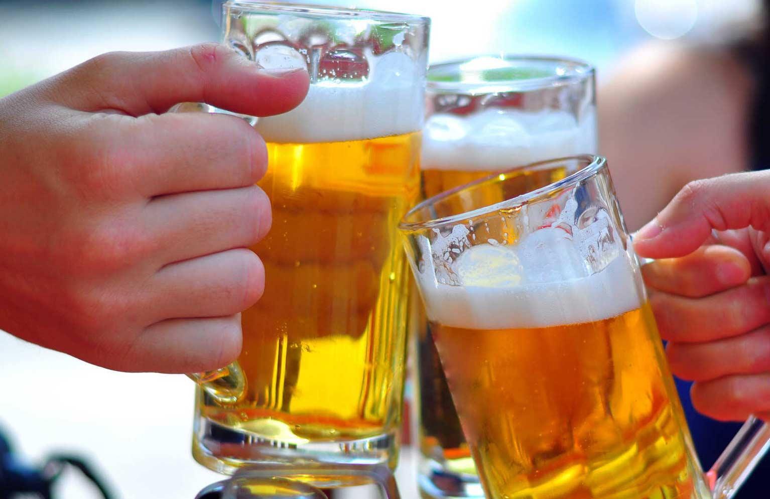 Bộ Y tế khuyến cáo mới nhất về uống rượu bia trong Tết Nguyên đán