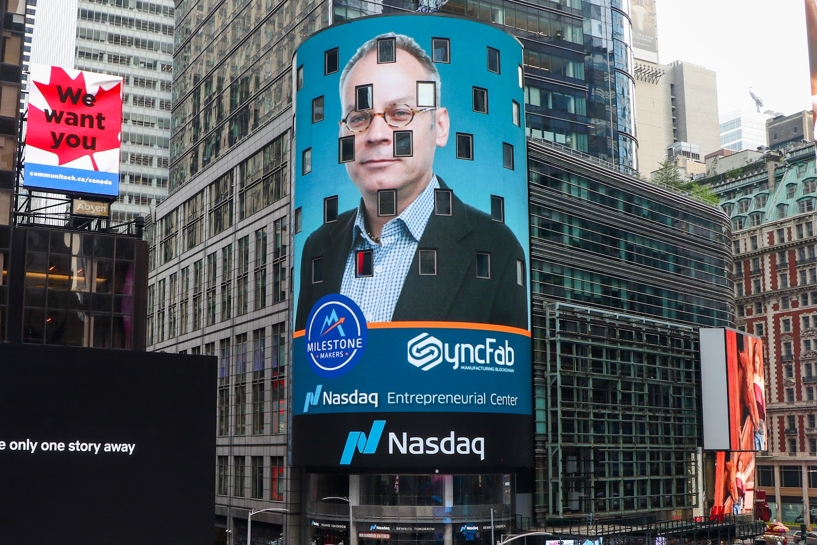 syncfab-ceo-jeremy-goodwin-nasdaq-tower-times-square