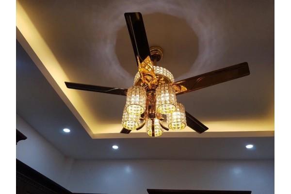 Quạt trần có đèn mang tới những lợi ích lớn khi mang ra sử dụng