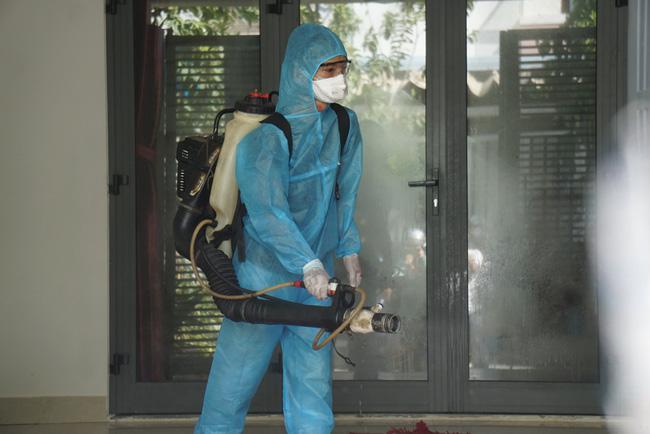 Đà Nẵng: Xác định 1.079 người tiếp xúc gần với bệnh nhân nhiễm COVID-19 - 1