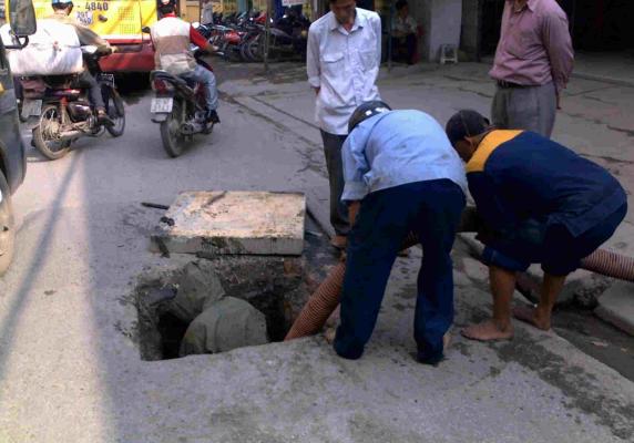 Hút hầm cầu tại Hà Nội đảm bảo uy tín chuyên nghiệp