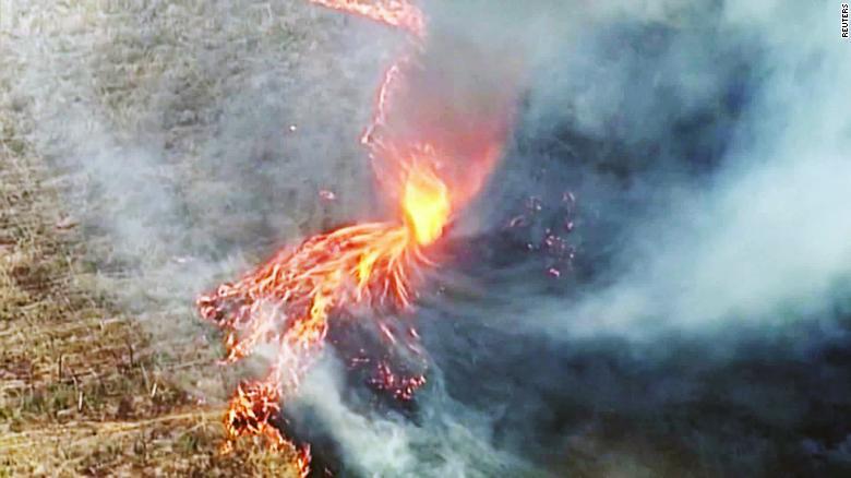 ¿Tornados de Fuego aparecen en Australia?