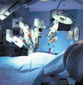 Artık istediğiniz cerraha ameliyat olabilirsiniz, Robot teknolojisi,  ameliyat, Telecerrahi, uzaktan ameliyat, Dr. Camran Nezhat   Sağlık  Haberleri
