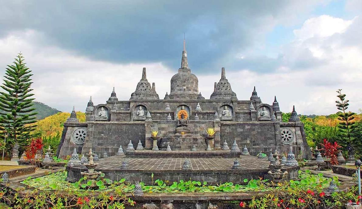 Brahmavihara-Arama, North Bali