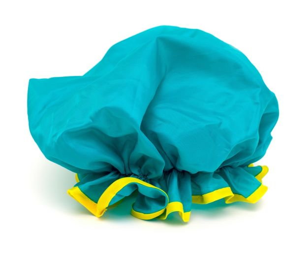 Голубая шапочка для душа