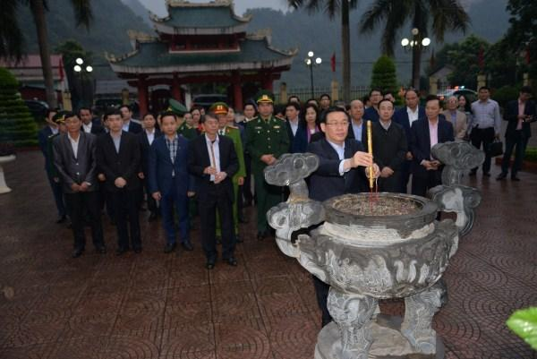 http://img.baocaobang.epi.vn/Uploaded/quyetnt/2019_03_14/thap%20huong.jpg