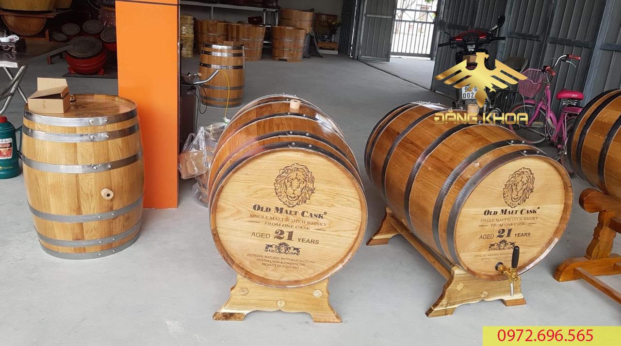 Giá thành của thùng gỗ sồi hợp lý so với thị trường