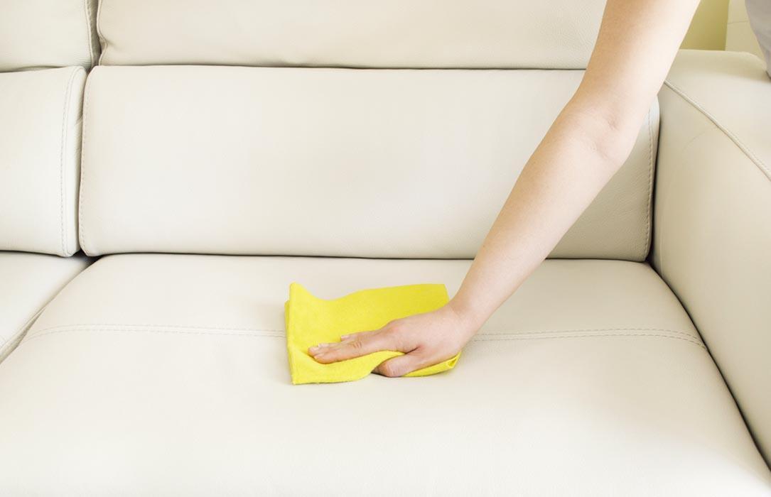 Tựgiặt sofa tại nhà